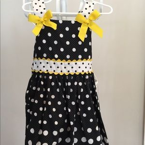 Other - Adorable girls dress- perfect for spring/summer!